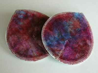 "ONE Pair of Super Soaker Nursing Pads - ""bloodstone"""