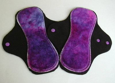 TWO &quot;short&quot; Regular Flow Comfort Contour Pad - &quot;great grape&quot;