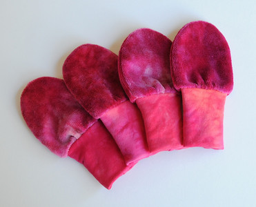 "lil'shrooms Newborn ""no-scratch"" Bamboo Velour Mitts- ""pink"""