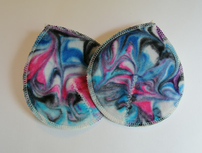"ONE Pair of Super Soaker Nursing Pads - ""swirls"""
