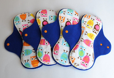 ONE Regular Flow Comfort Contour Pad - minkee owls