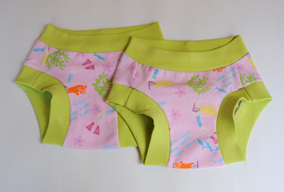 TWO Size 4 Children's Dundies - 'dive'