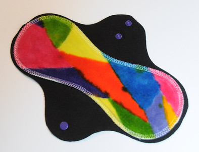 "ONE Regular Flow Comfort Contour Pad - hand painted bamboo velour - ""Elsa's abstracts"""