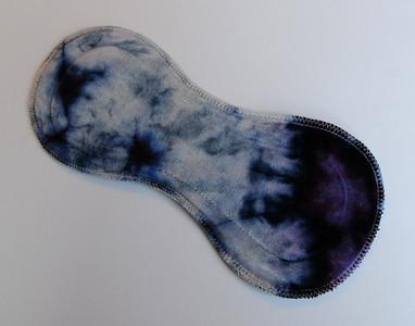 "ONE Ultimate Heavy Flow Pad - ""ice dye"""